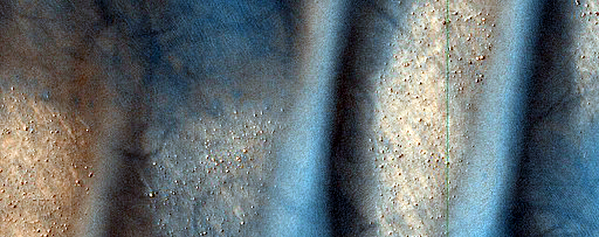 Monitor Frost on Dunes in Viking 573B30 and 573B32