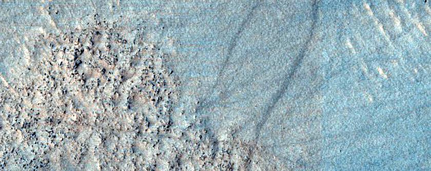 Linear Gullies in Hellas Planitia