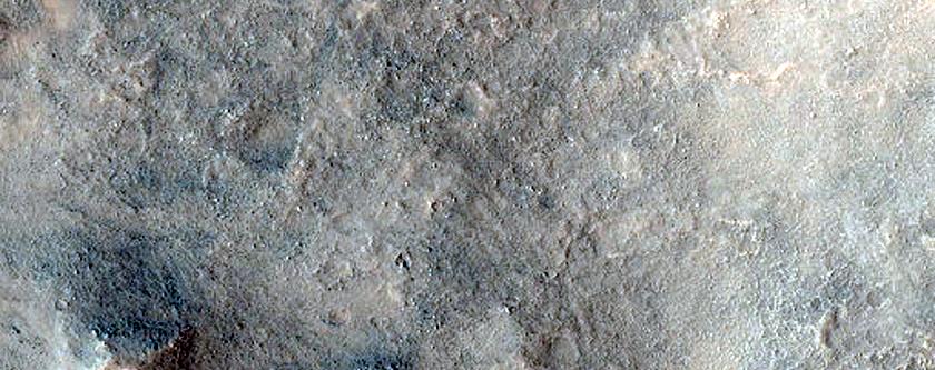 Crater in Syria Planum