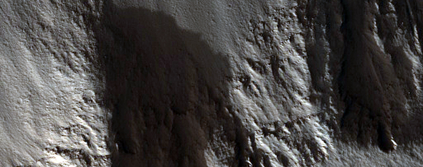 Layers in Trough in Labeatis Fossae