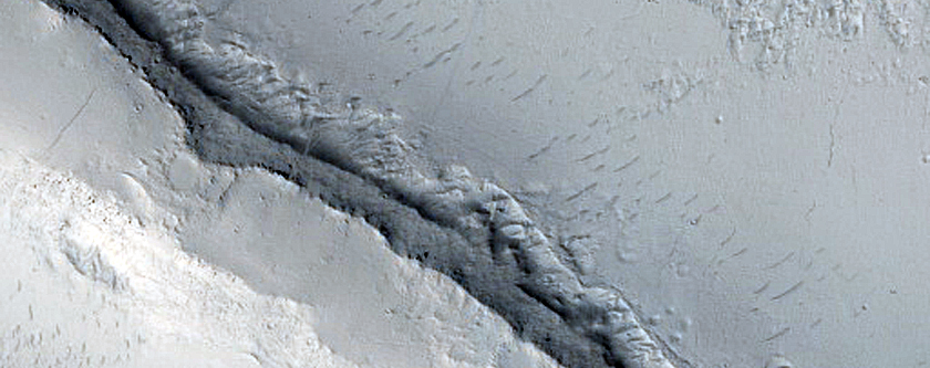 Inverted Channel in Naktong Vallis
