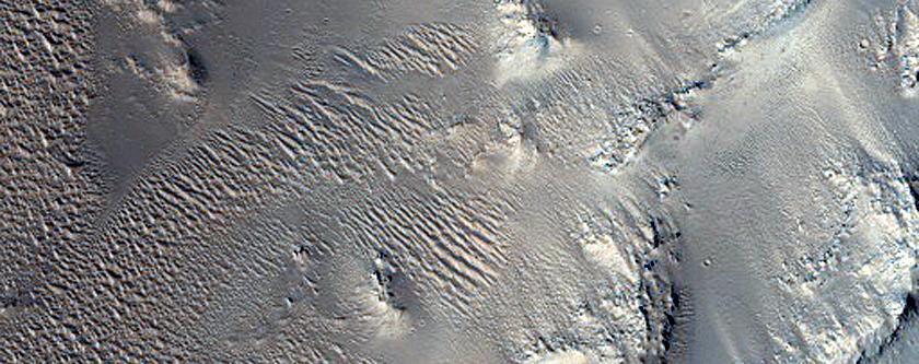 Grooved Floor of Ius Chasma