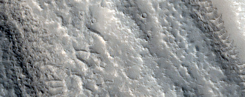 Streamlined Forms in Enipeus Vallis
