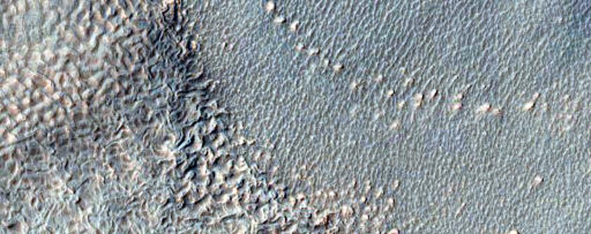 Gullies in Crater in Basin in Noachis Terra