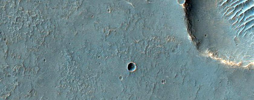 Cross-Cutting Faults Southeast of Melas Chasma