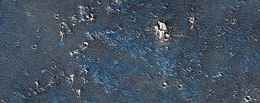 Bright Dunes in Syria Planum