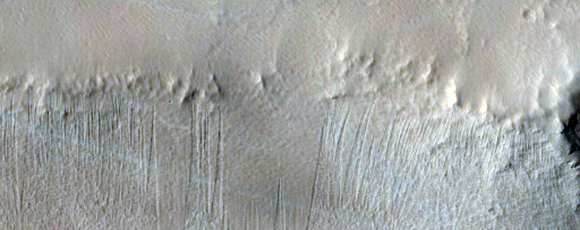 Candidate New Impact in Noctis Labyrinthus
