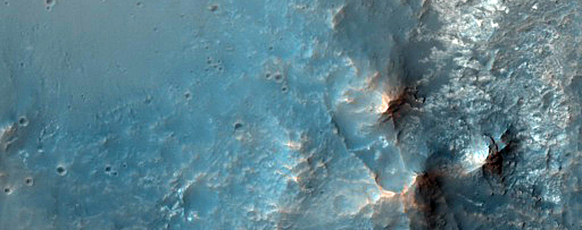 Central Structure of Crater North of Valles Marineris