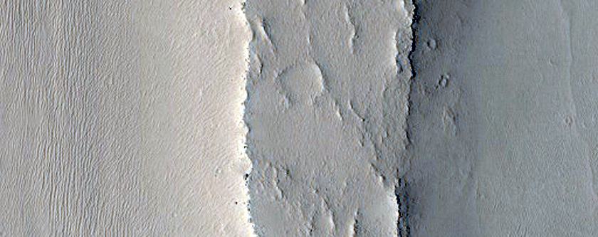 Inverted Channel East of Arabia Terra