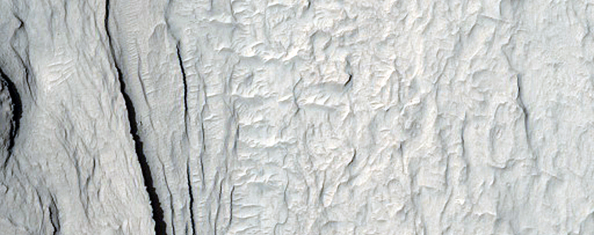 Layering in Western Arabia Terra