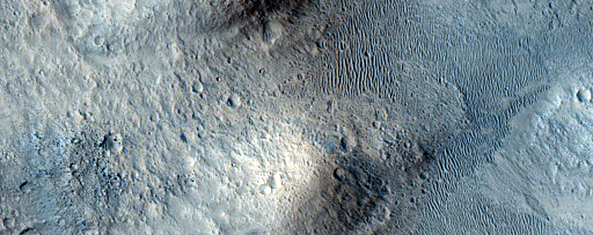 Galilaei Crater Wall