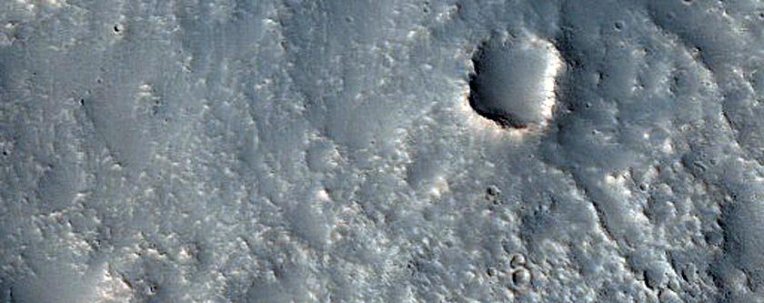 Landforms in Tempe Terra