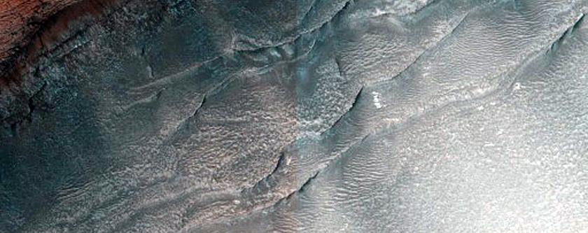 North Polar Layered Deposits Scarp near Dunes Dubbed Tleilax