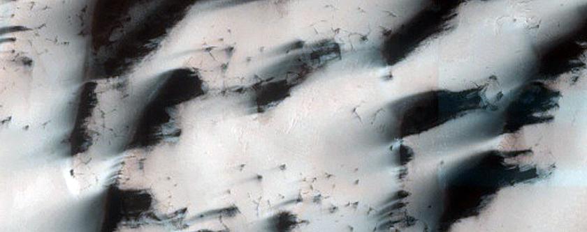 Polar Erg Margin of Sand and Ice