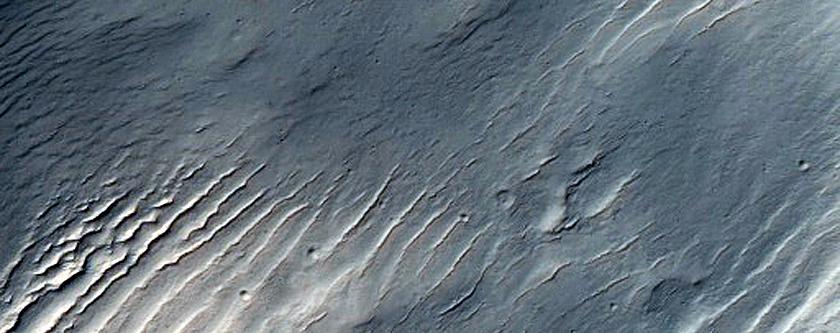Layers West of Maadim Vallis