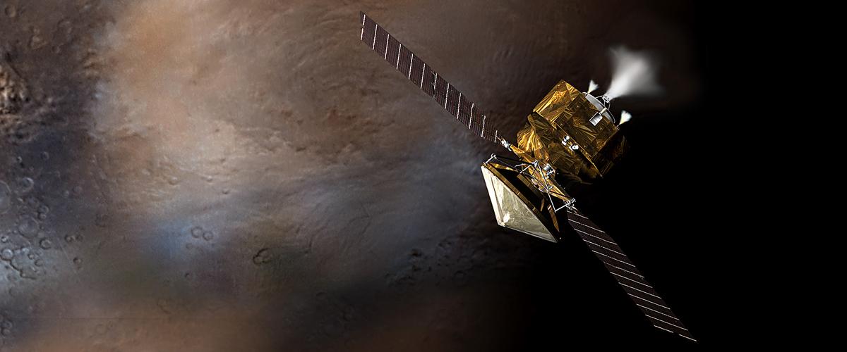 Artist illustration of MRO in orbit around Mars