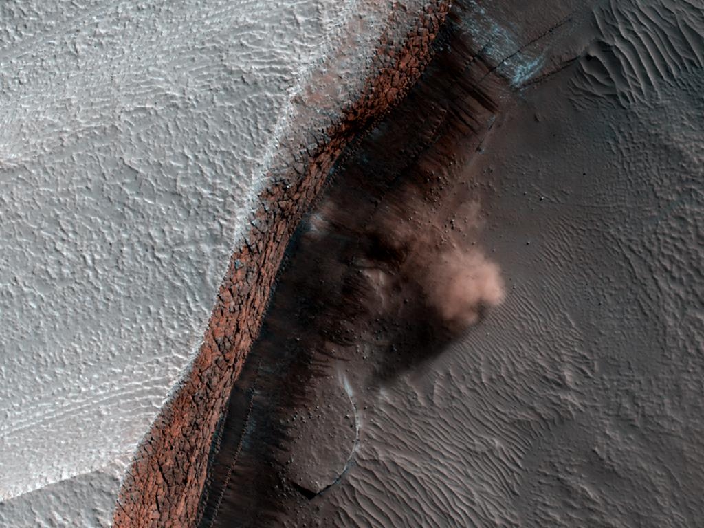 MRO (Mars Reconnaissance Orbiter) - Page 2 ESP_016423_2640