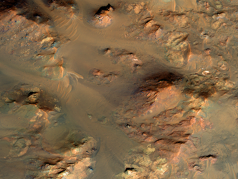 An Oblique View Of Uplifted Rocks (ESP_021545_1660